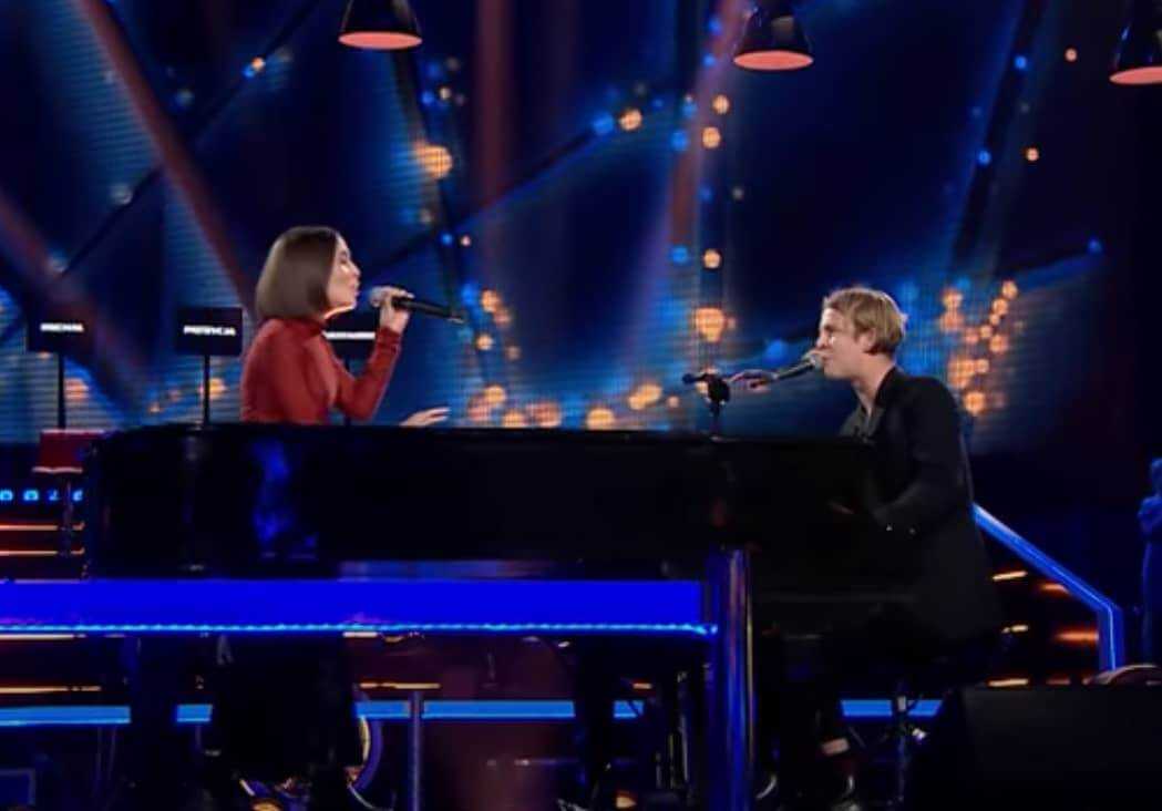 Alice Merton and Tom Odell duet live Half As Good As You at The Voice of Poland 13 October 2018