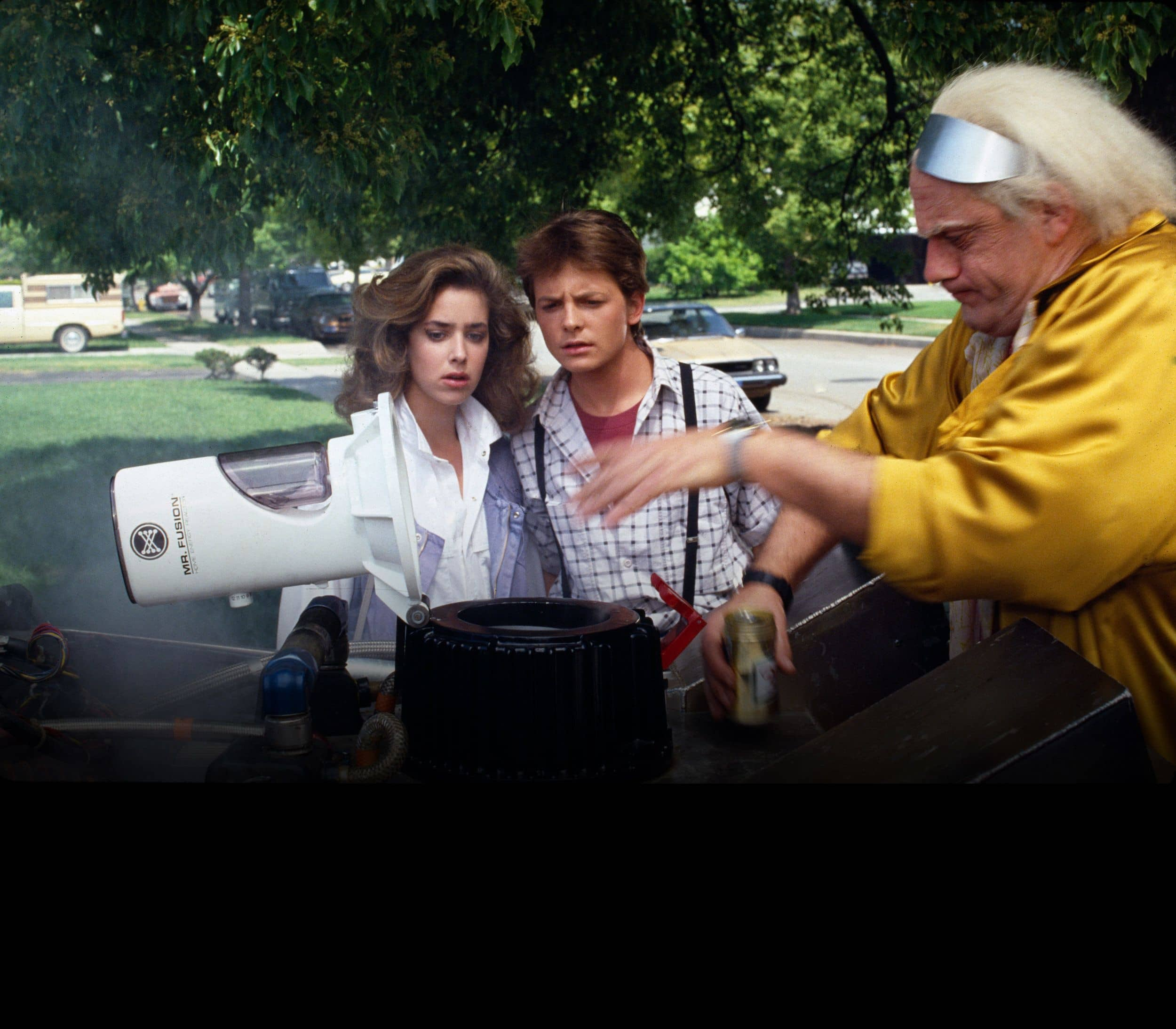 Michael J. Fox and Claudia Wells in Back To The Future - © to the owners