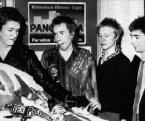 Glen Matlock and the Sex Pistols in 1975 at the St Martin's School of Art in London - copywright to owners - Fair use - No copyright infringement intended
