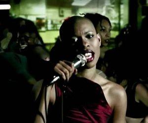 Secretly- videoclip by Skunk Anansie, 1999